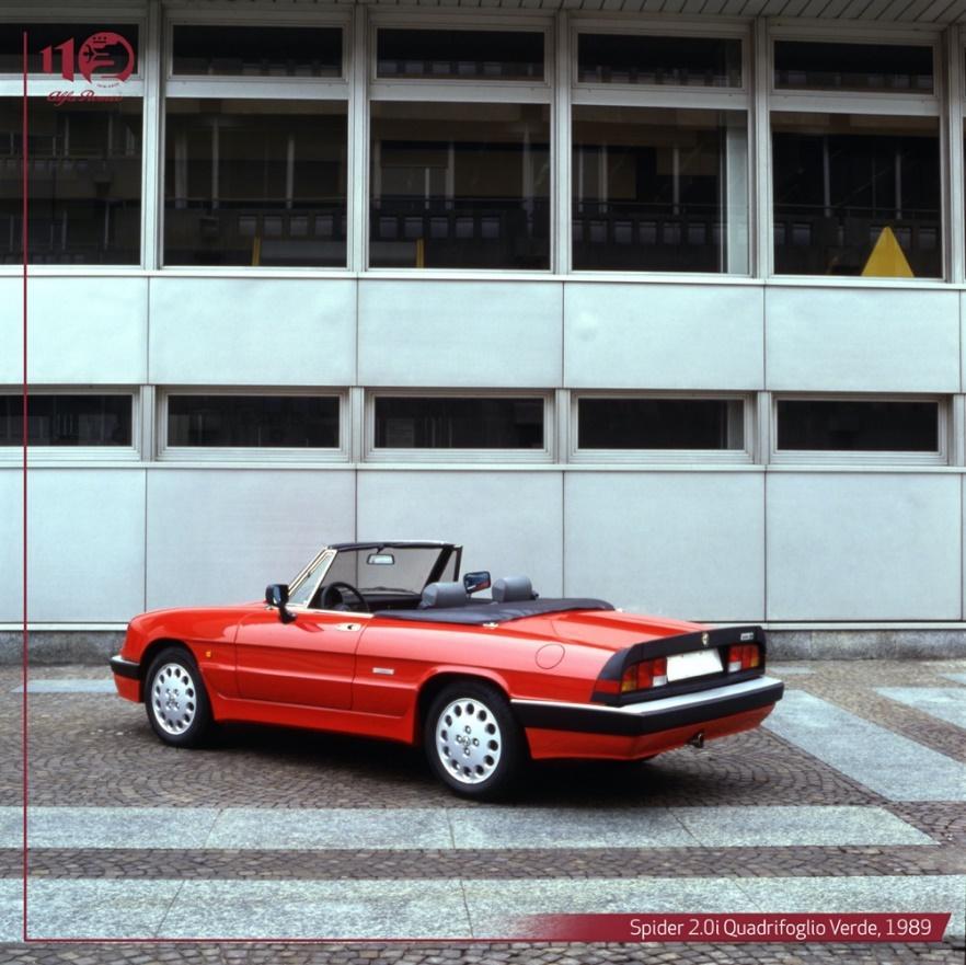 Immagine che contiene edificio, esterni, strada, rossoDescrizione generata automaticamente