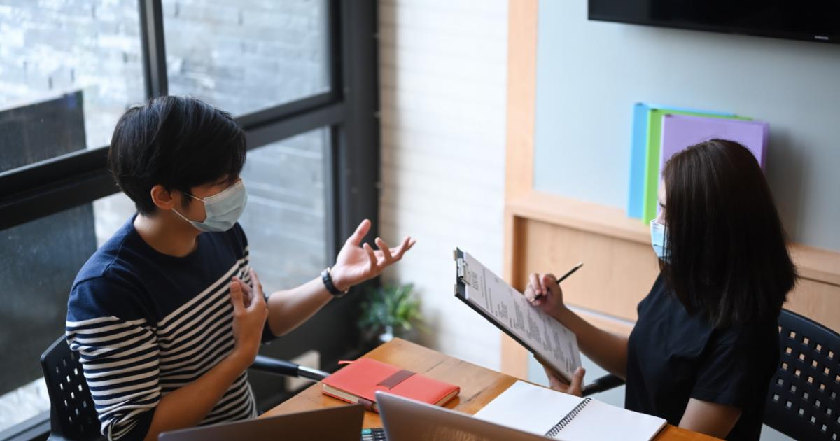 Sinir Hastalığı Belirtileri Nelerdir? Nasıl Anlaşılır?