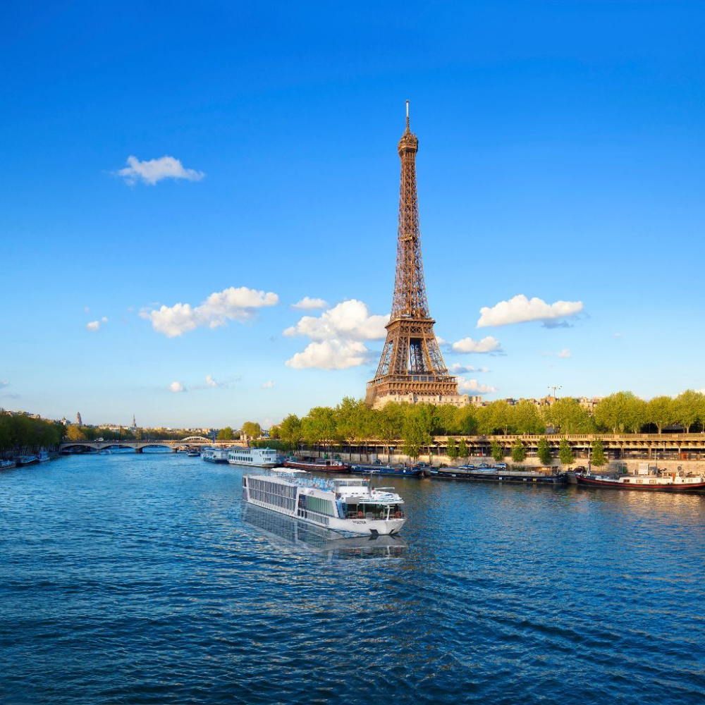 The view of the River Seine and the Eiffel Tower