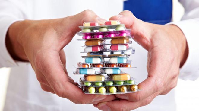 Sử dụng thuốc đúng hướng dẫn của bác sĩ