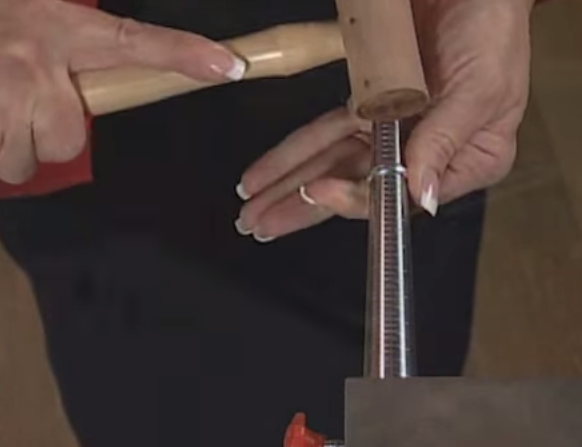 Tip how to enlarge a ring at home