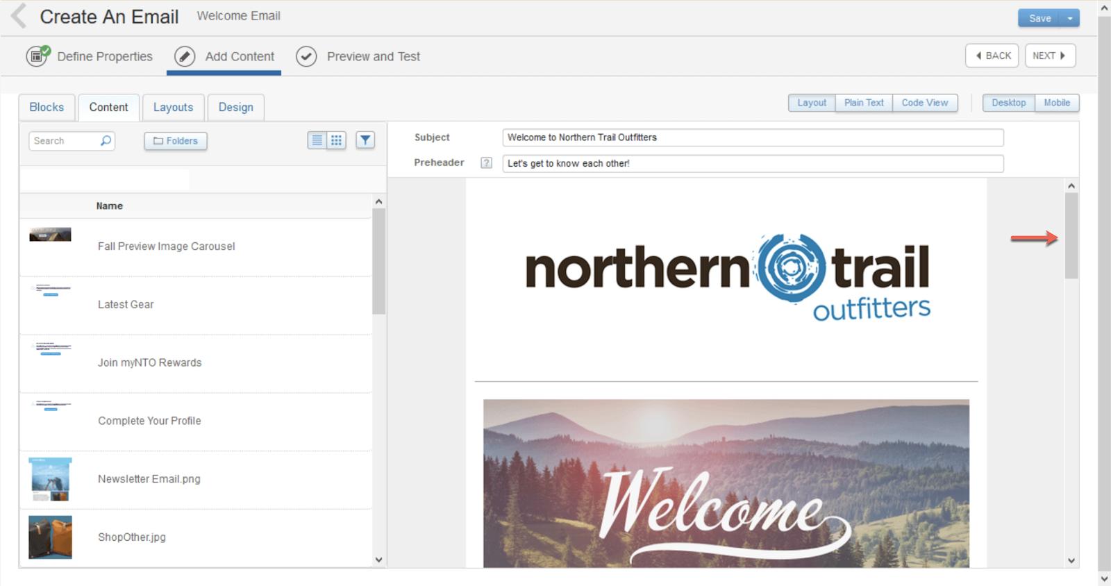 Capture d'écran montrant une flèche rouge indiquant la barre de défilement la plus proche du logo de NorthernTrailOutfitters. C'est utile, car deux barres de défilement sont visibles à l'écran.