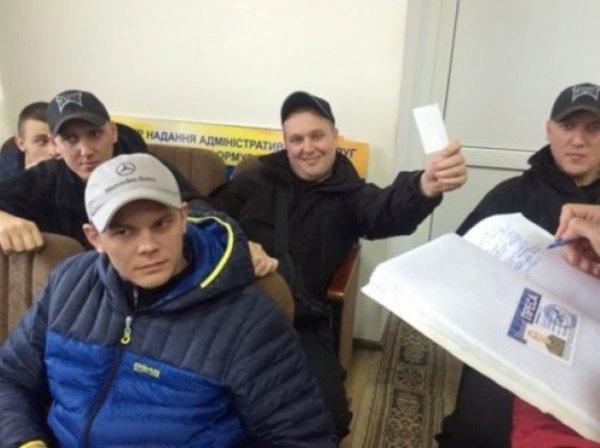 Володимир Карплюк працевлаштований на підконтрольному каналі ITV з майже мінімальною зарплатою