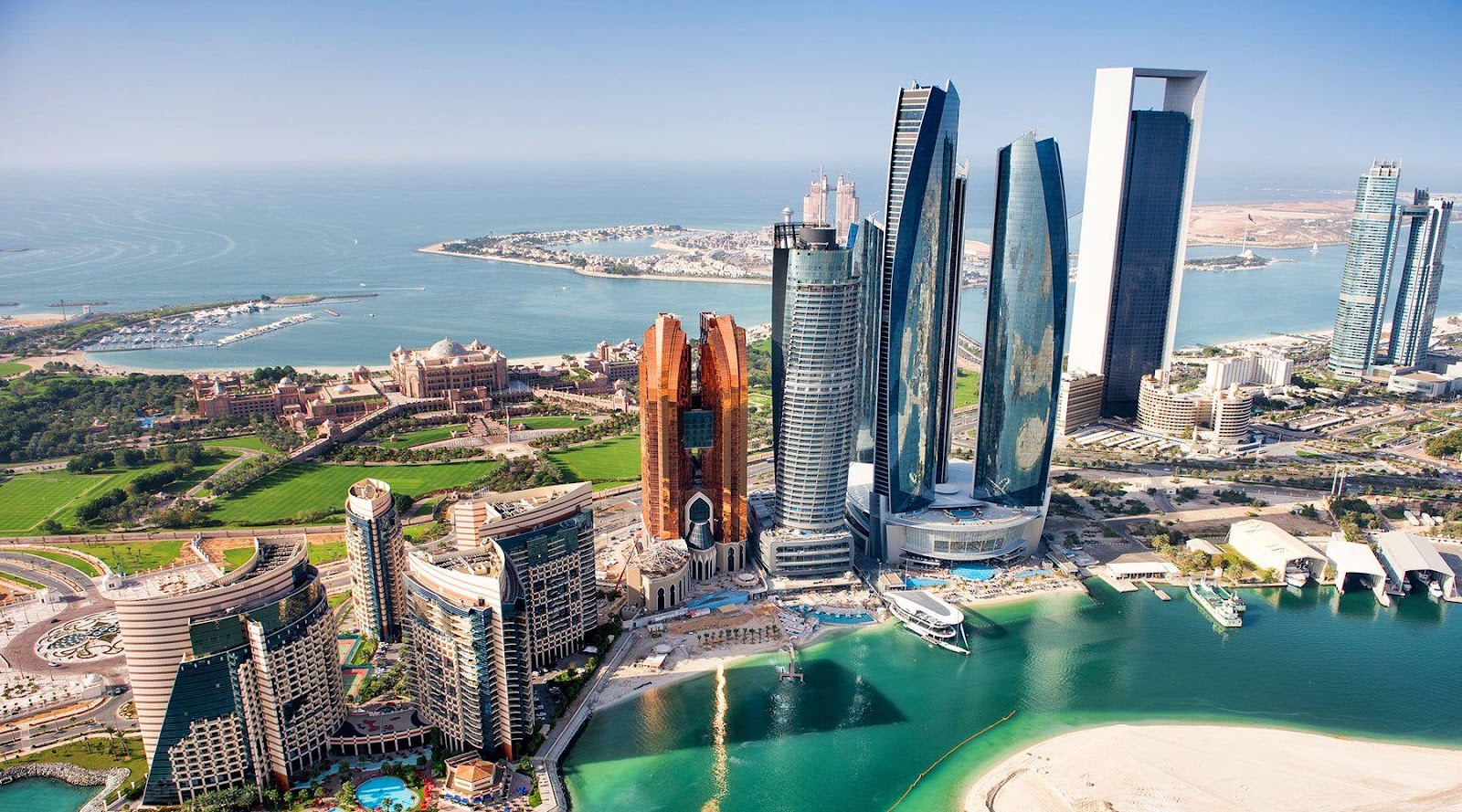 Abu Dhabi suspends tourism and municipality fees for 2020