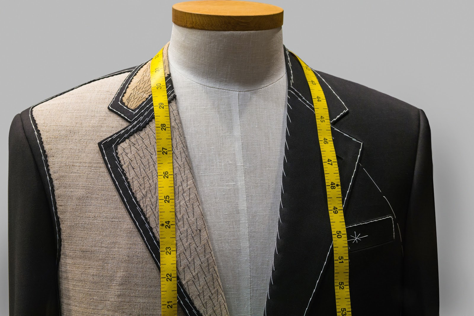 Singapore Tailor Guide_ tailoring in progress