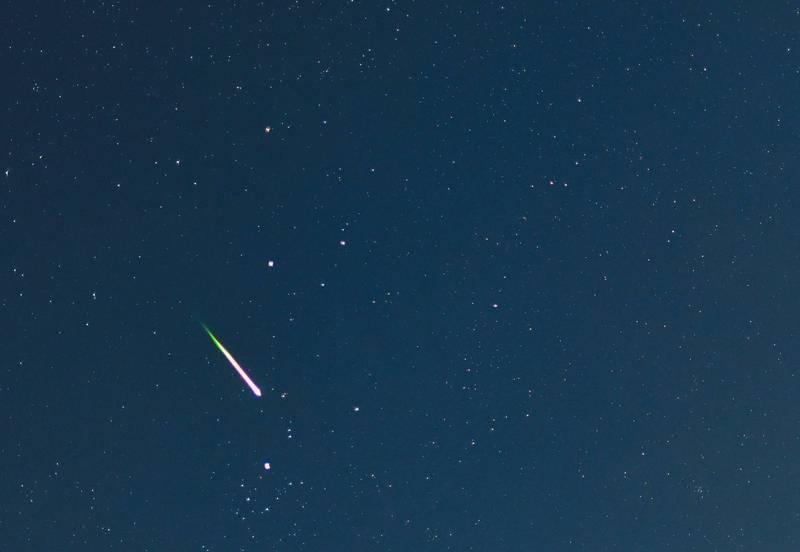 古巴官方記錄到,外太空1顆流星穿越大氣層墜落到該國東部成為隕石。流星示意圖。(歐新社檔案照)