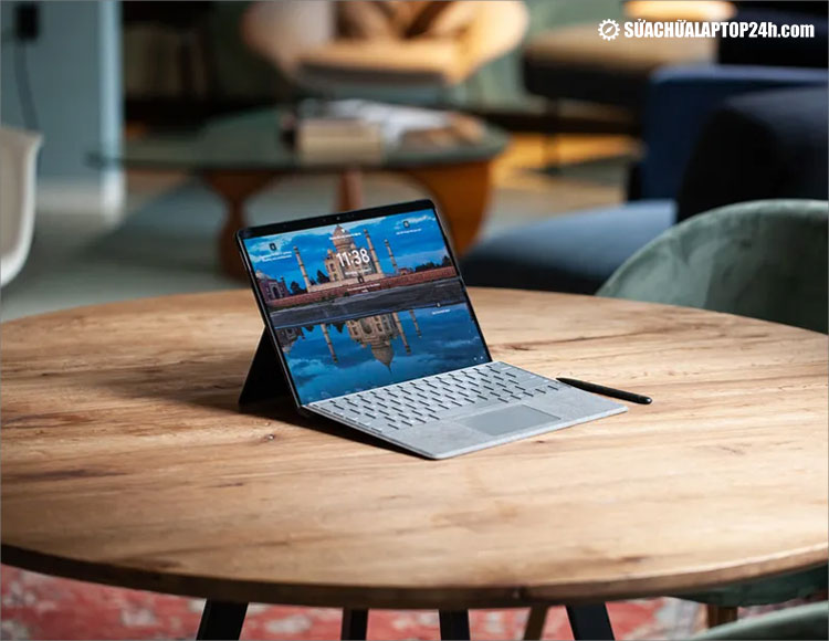 Microsoft mới ra mắt Surface chạy Windows 11