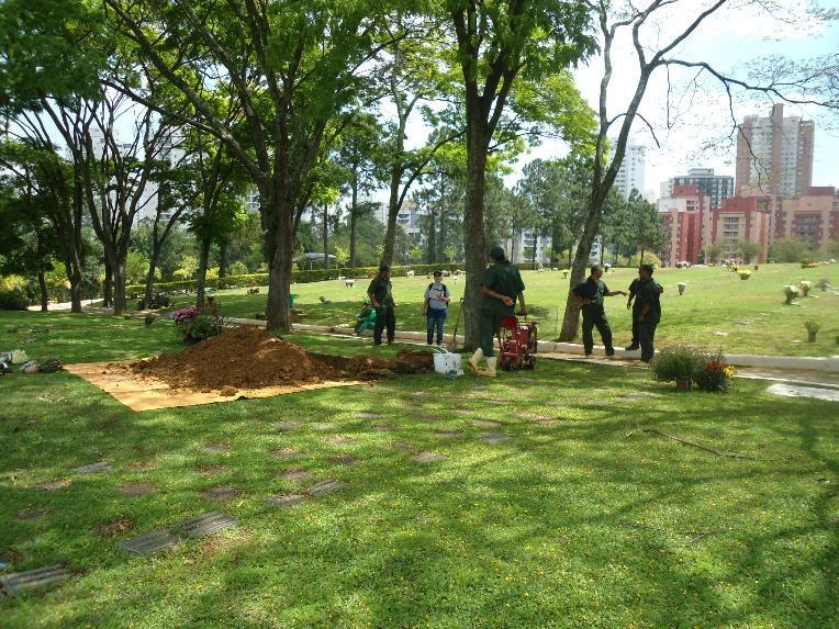 Y:\Sandra\Cemitério Congonhas\EVA\Parecer sobre o EVA - complementações 13 03 14\Fotos campo\DSC04774.JPG