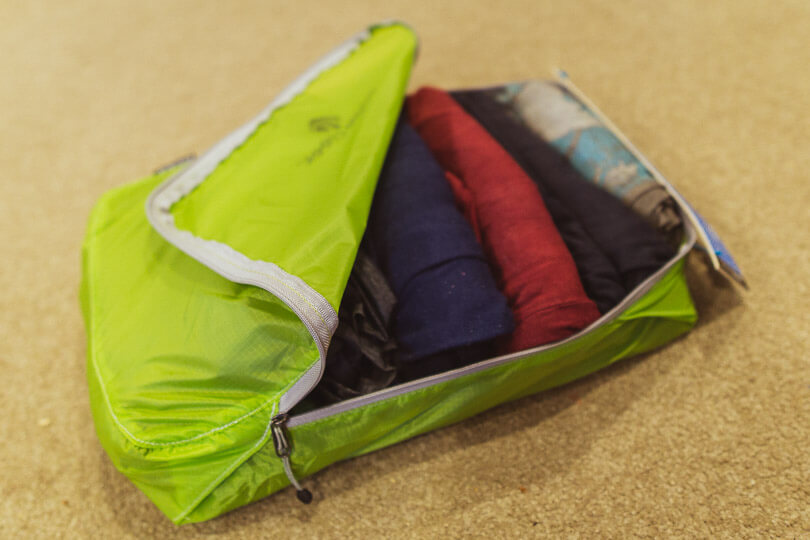 Eagle Creek Packing Cube Roll Clothes
