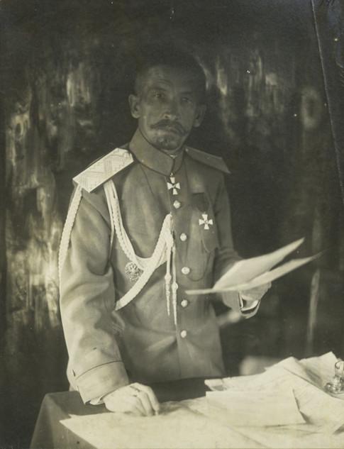 Автор «крамольної» відозви, генерал Лавр Корнілов, загинув ще навесні 1918-го. Але за його слова розстрілювали і у 1920-му