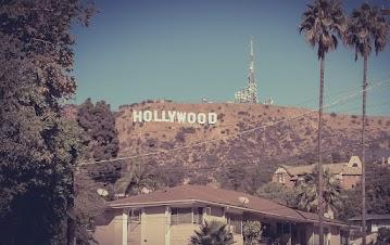Zamieszkała w willi  w Beverly Hills - hollywoodzkiej dzielnicy gwiazd