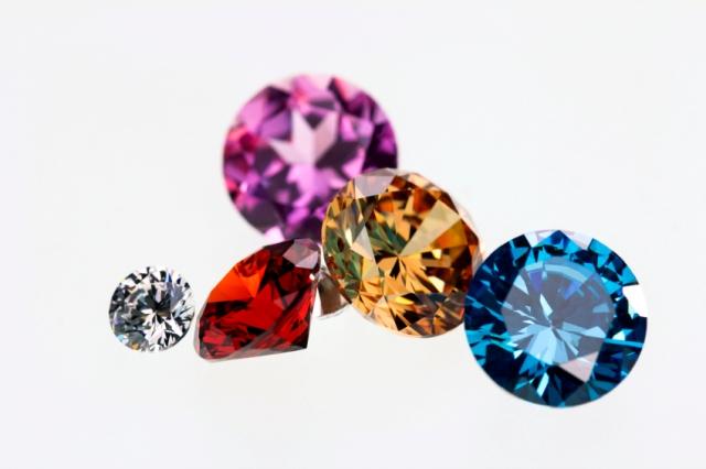 Diamonds are coloured