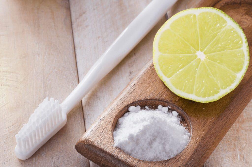 Kabartma Tozu ve Limon İle Diş Beyazlatma 1024x677 - Kabartma Tozu İle Diş Beyazlatmak?