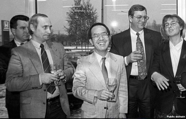 Владимир Путин и Рудольф Риттер (четвертый слева)