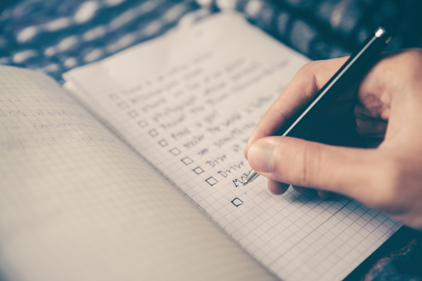 A prioritized to-do list (The Eisenhower model)