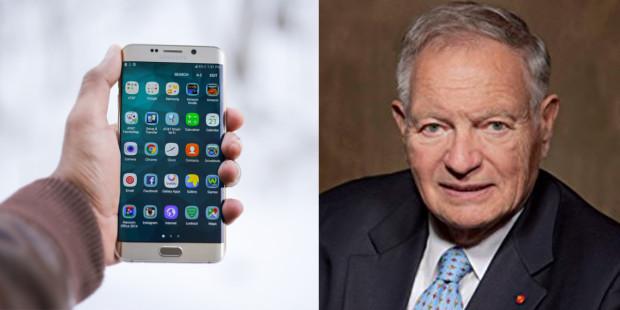 Nhà phát minh điện thoại thông minh xin lỗi