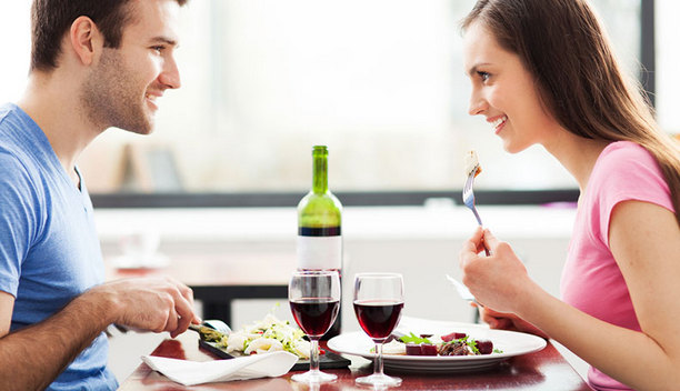 Second First Date on 14th February to Remind that Day You Both Met for the First Time