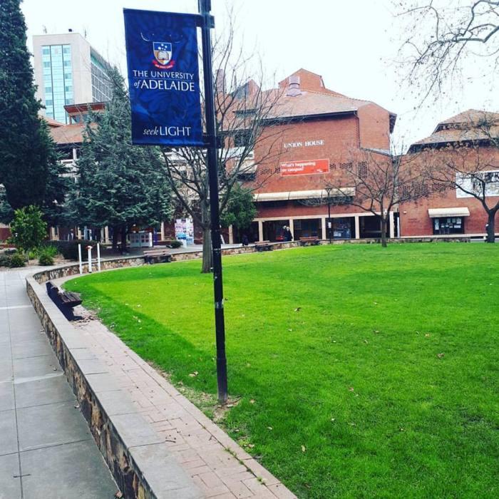 Университет Аделаиды в Австралии