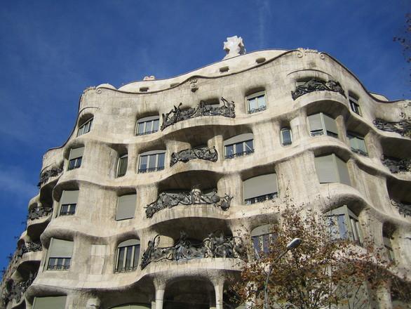 barcelona-1183708.jpg
