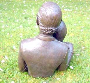 bronze_14.jpg