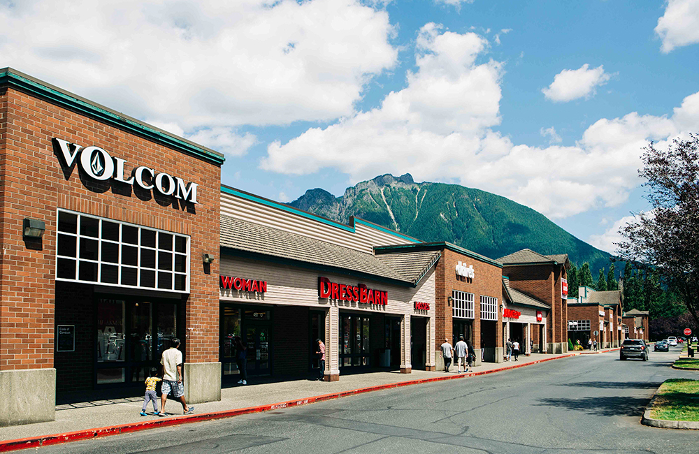 outlets malls in seattle north bend
