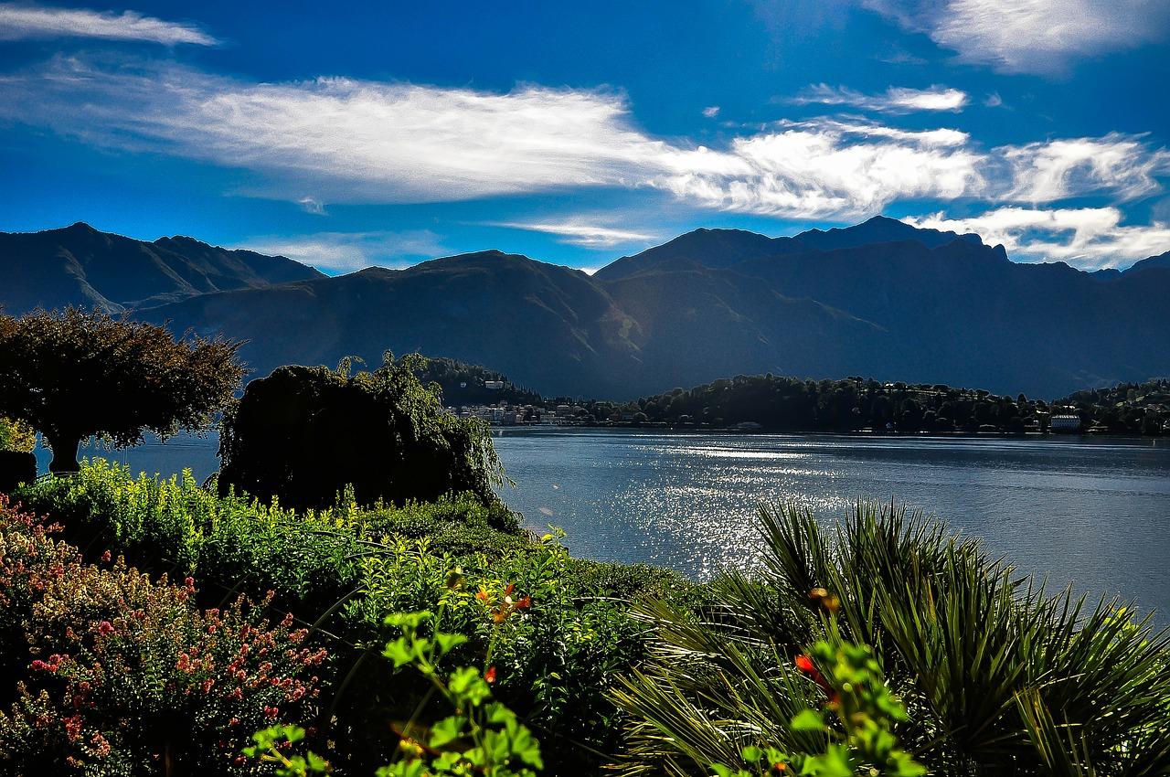 lake-como-261111_1280.jpg