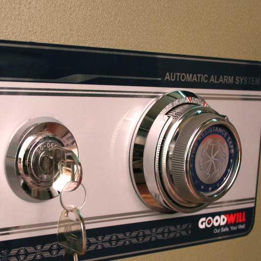 Cách đổi mã số két sắt