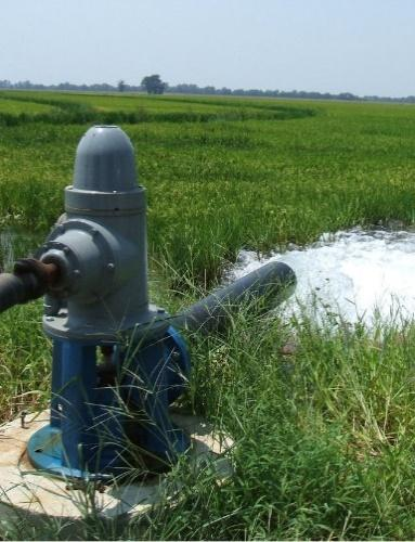https://gw-project.org/wp-content/uploads/2020/10/groundwater-use.jpg