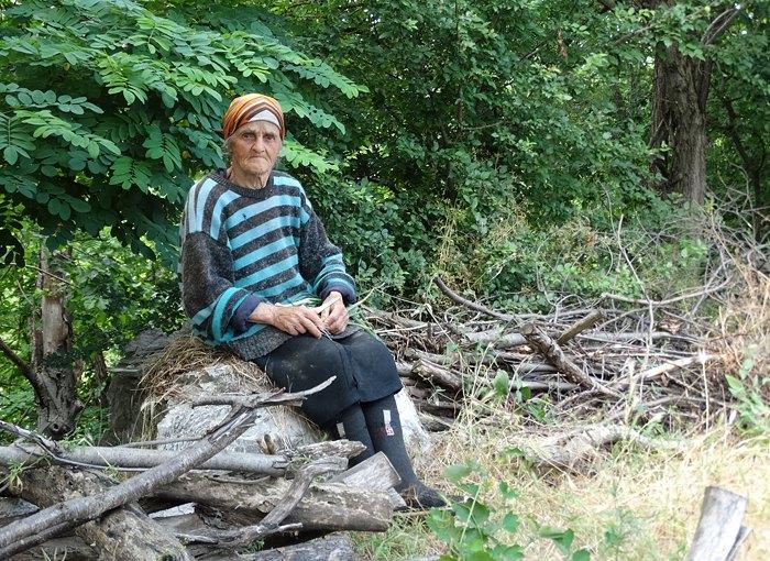 Ця жінка втратила память після того як російські солдати живцем кинули її у вогонь