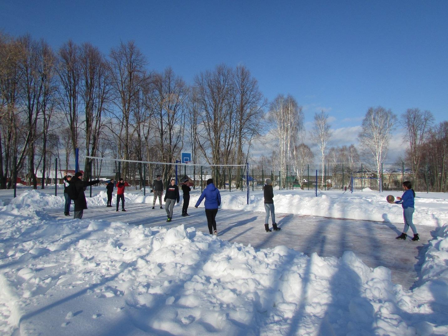 C:\Users\пу16\Desktop\2019-2020 учебный год\Фото\Волейбол на снегу\IMG_6612.JPG