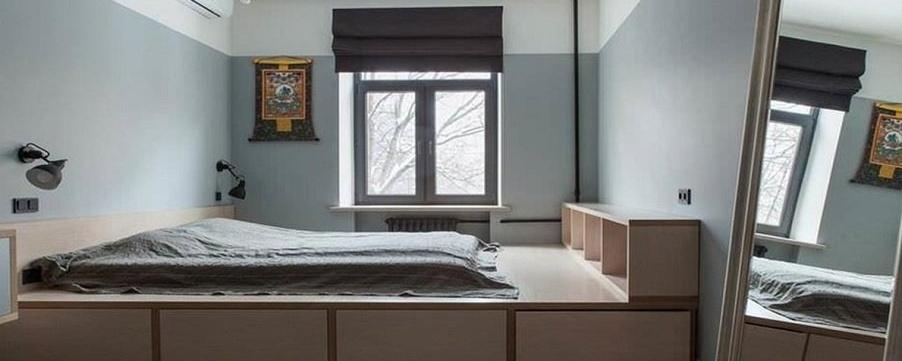 Подиум-кровать в виде каркасной конструкции
