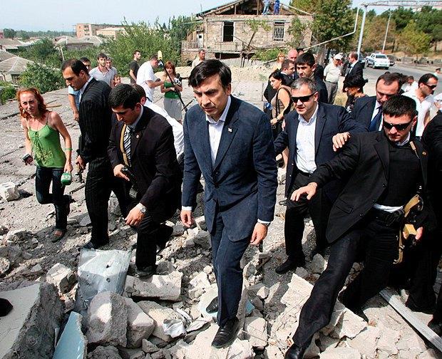 Сааакашвили в Гори, 25 августа, 2008.