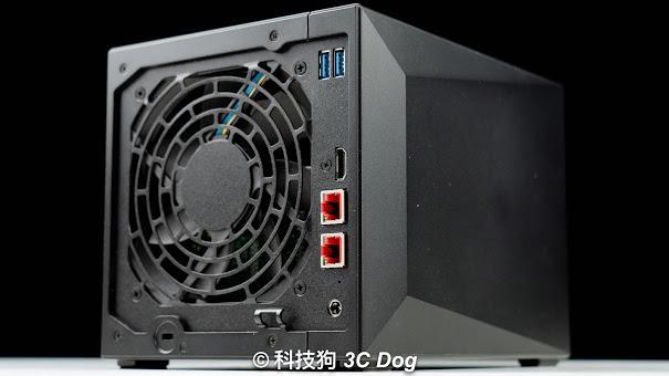 華碩子公司 華芸 ASUSTOR 出的電競 Nas AS5304T 4Bay - 4