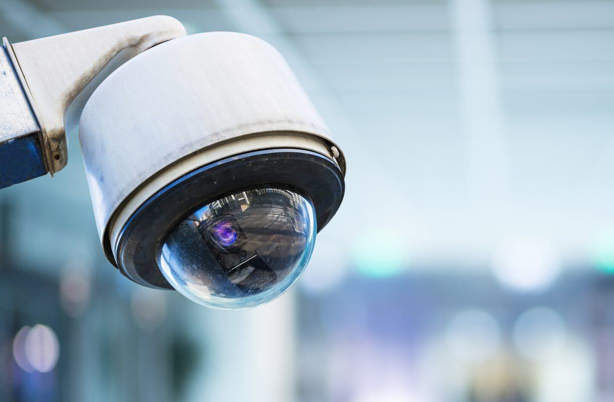 C:\Users\QUOCHIEU\Desktop\bigstock-cctv-security-camera-with-blur-150370085-1223x800.jpg