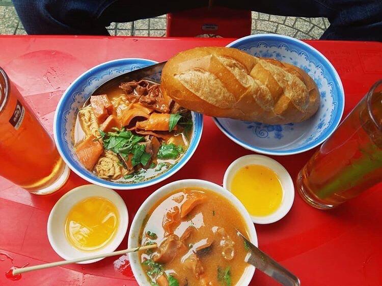 Địa điểm ăn uống siêu ngon, không thể bỏ qua ở quận Thủ Đức (Mỳ phá lấu)