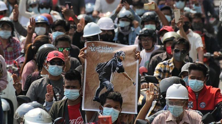 ผู้หญิงผู้พลีชีพเพื่อประชาธิปไตยในพม่า 02