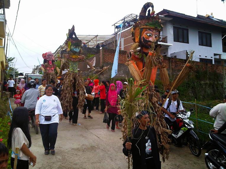 Wisata Bunga Cihideung - PHRI KBB