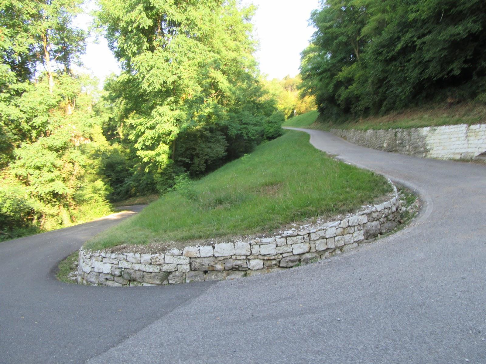 Climbing Monte Grappa - Cavaso del Tomba - hairpin and roadway