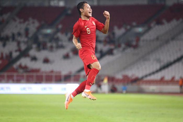 Evan Dimas celebrating his goal against celebrities FC