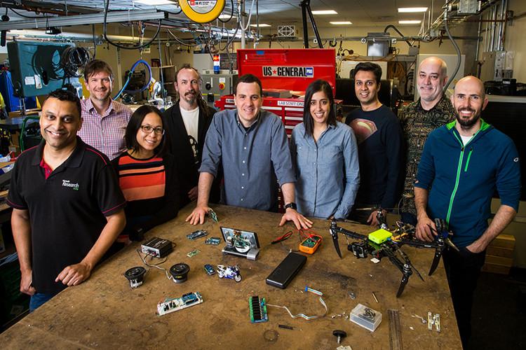 Nhóm các nhà khoa học tạo ra hệ thống AI siêu nhỏ.