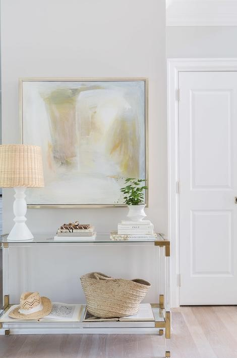 spring interior design trend 2020 console table with brass accents