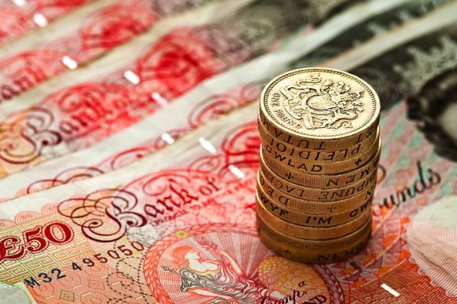 InstaForex Analytics: Ще купуваме паунда в очакване на добрите новини окло Брексит