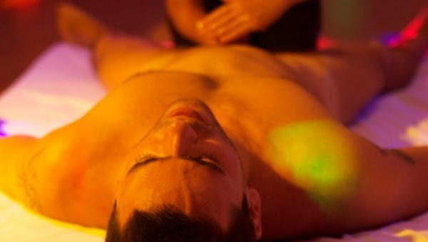 Эротический массаж Лингама