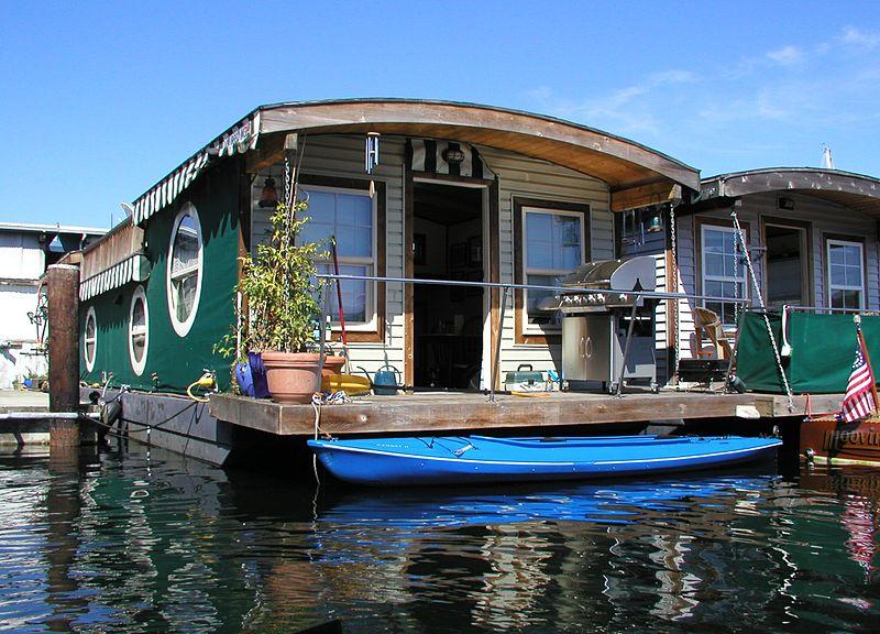 File:LakeUnionHouseboat.jpg