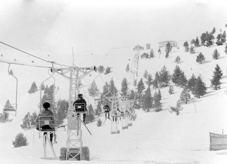 Telesillas de La Molina en los años 40
