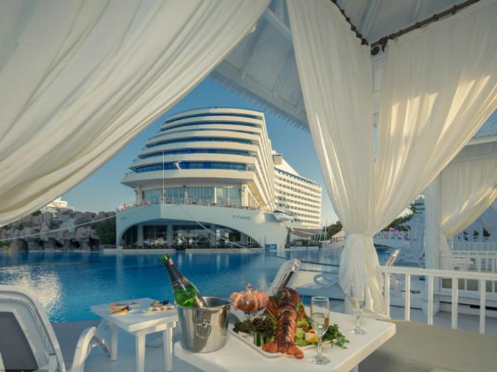 A replica Titanic cruise building hotels in Turkey opened