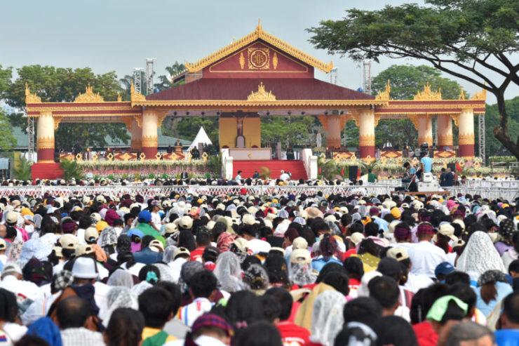 Miến điện: Các Giáo hội ở Đông Nam Á tham dự Thánh Lễ với Đức Thánh Cha