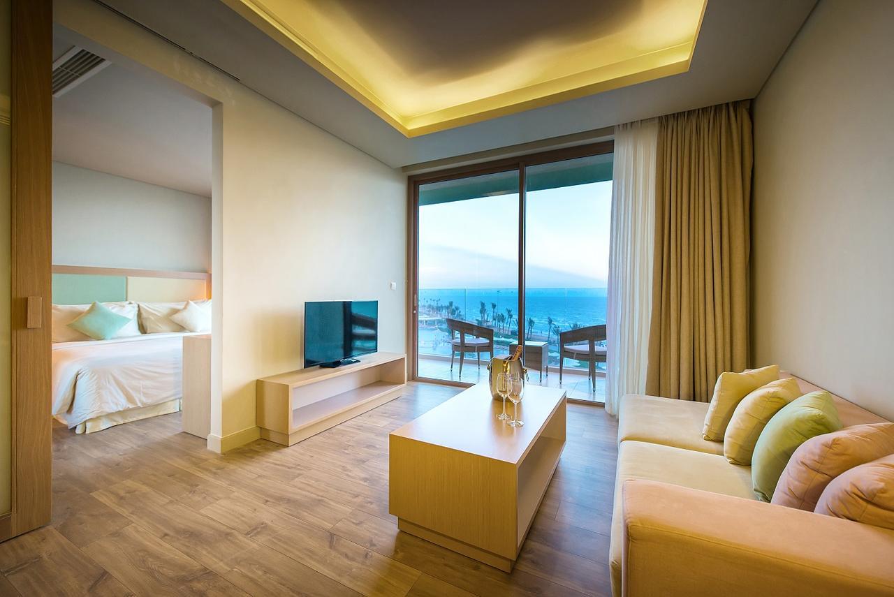 FLC Luxury Hotel Sầm Sơn 01