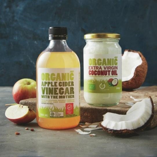 Apple-Cider-Vinegar-and-Coconut-Oil-for-wrinkles.jpg