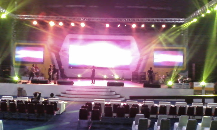 Rental Projector Screen Jakarta ,harga proyektor murah, sewa proyektor , sewaproyektor jakarta